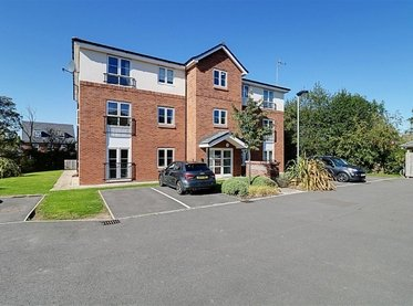 Flat 8 15 Arrowhead Close, Stapeley