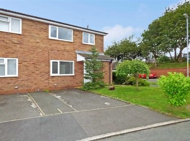 3 Bridge Close,