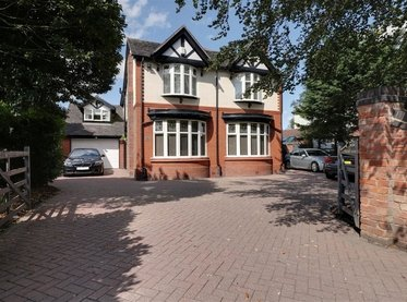 125 Middlewich Road,