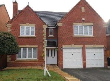 1 Holyrood Close,
