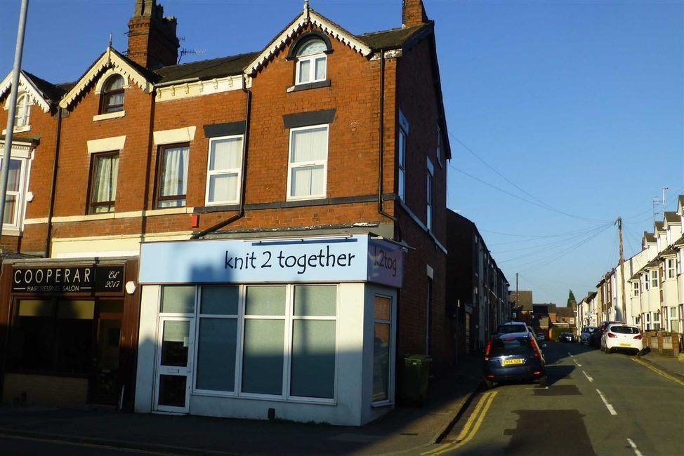 c009a1c912 Retail for sale in Wolstanton